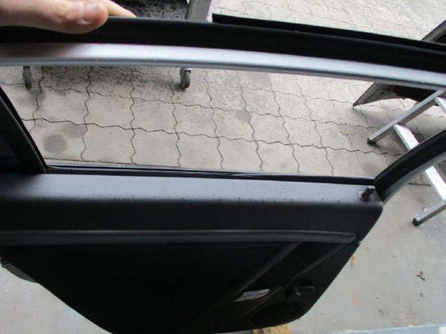 Tuer hinten links vectra c 2.2 bj03 Limousine silber Bild