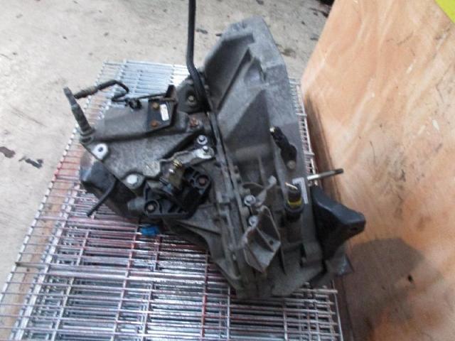 Getriebe kangoo jr5116 62kw Bild