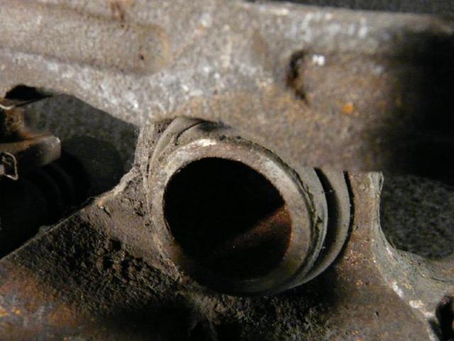 Bremssattel hinten rechts pajero 4m41 bild2