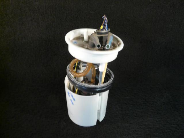 Kraftstoffpumpe polo 6r 1.2 51kw bild2