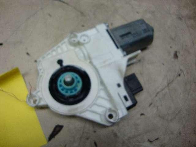 Motor fensterheber vorne links  q7  3,0 tdi Bild