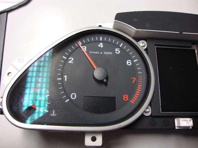 Kombiinstrument   a6  4f 3,2  bj 2007 bild1