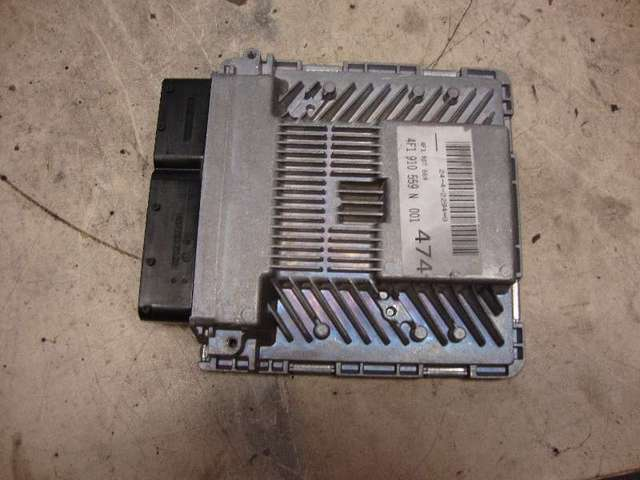 Steuergeraet motor   a6  4f 3,2  bj 2007 bild1