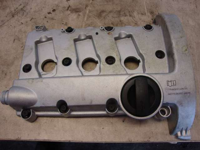 Ventildeckel a4 cabrio bj03  3,0 asn bild1