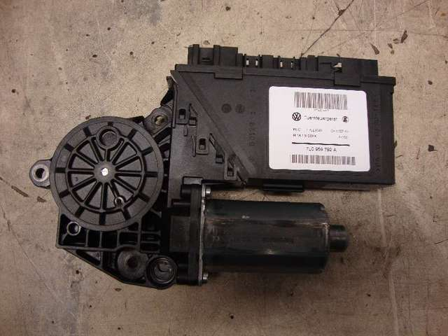 Motor fensterheber vorne rechts touareg bj 2008 bild1