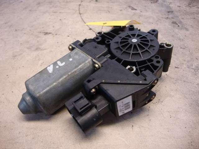 Motor fensterheber vorne links a3 8l  1,6 bj 98 bild2