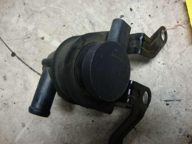 Zusatzwasserpumpe  Fabia RS Bj 2010