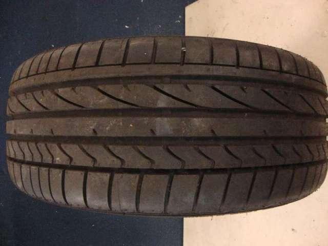 Reifen  245 45r18  96w Bild