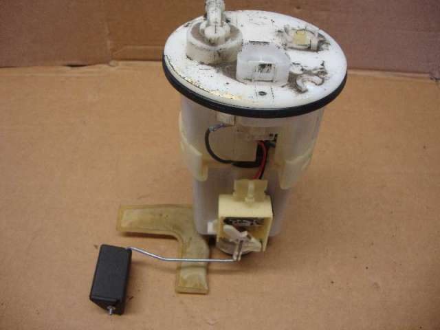 Kraftstoffpumpe elektr.  yaris bj 2002  1,3 Bild