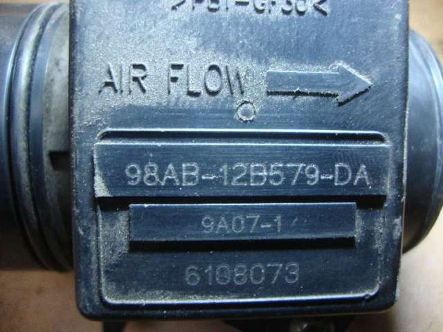 Luftmengenmesser   focus 1,4 bj 99 bild1