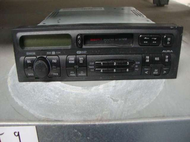 Autoradio  aura  seat leon 1,9 tdi bild1