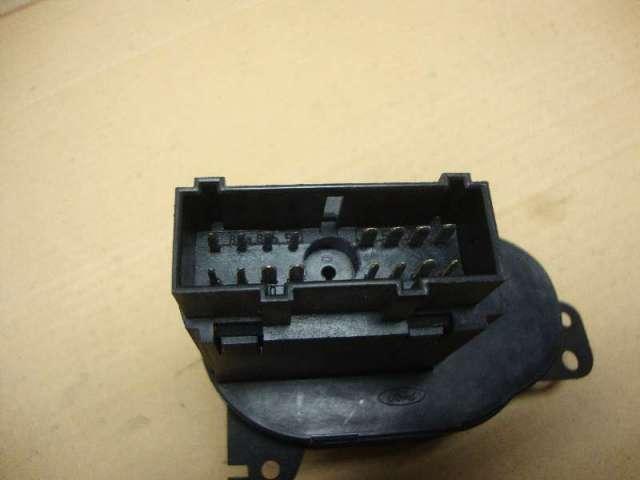 Lichtschalter focus  bj 04 bild1