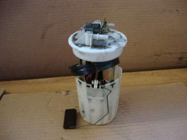 Kraftstoffpumpe elektr.almera tino 2,2 td bj 03 bild1