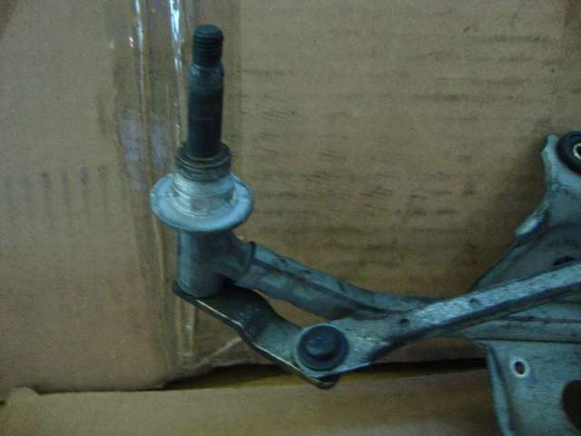 Wischergestaenge opel vivaro bj 2006 Bild