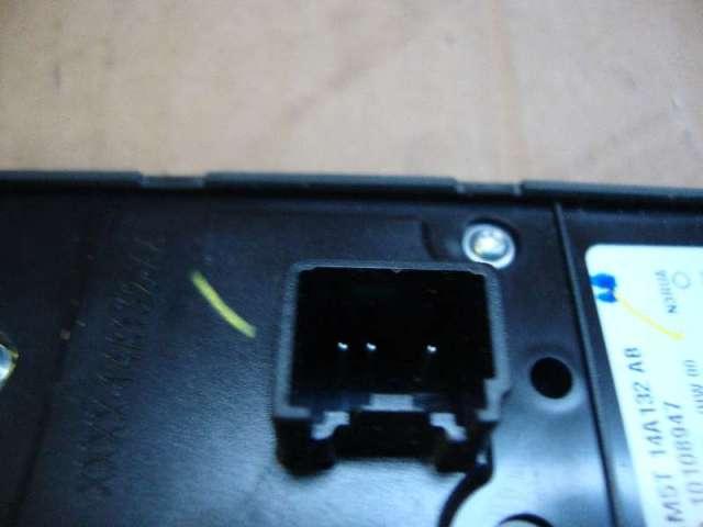 Schalter efh. kuga 1,6 ab bj.2013 Bild