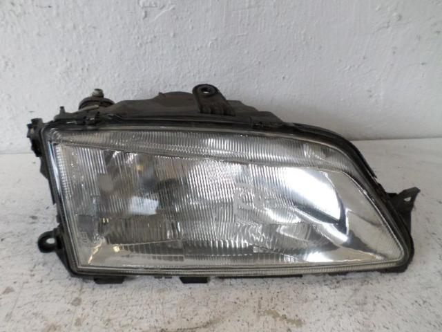 Scheinwerfer rechts   Peugeot 306 1,4 Bj 96