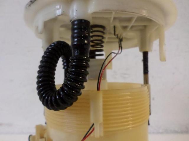 Kraftstoffpumpe elektrisch megane bj 2005 bild1