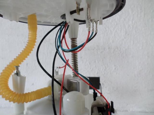 Kraftstoffpumpe elektrisch vw up 1,0  bj 2016 bild1