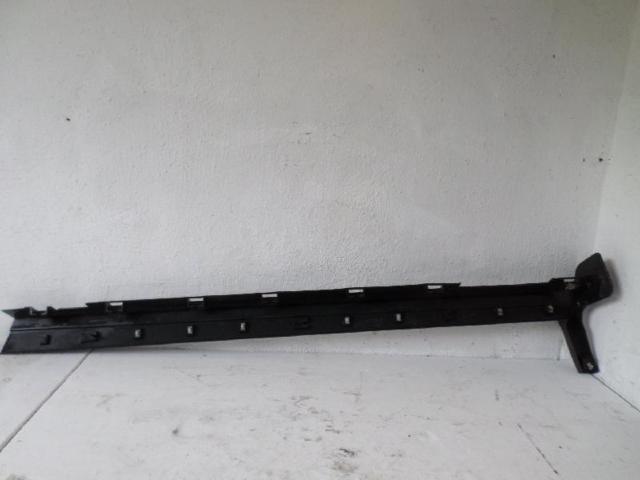 Blende schweller links  ford kuga bj 2012 bild2