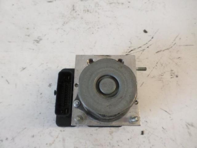 Abs-hydroaggregat b180 bj 2012 bild1