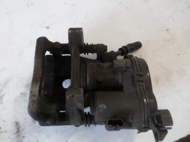 Bremssattel hinten links b180 bj 2012 bild2