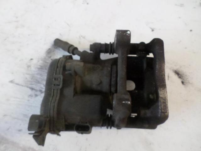 Bremssattel hinten rechts b180 bj 2012 bild2