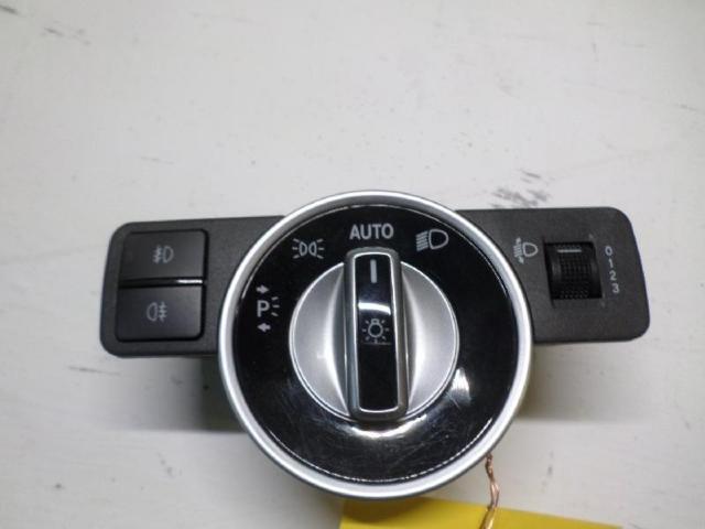 Lichtschalter b180 bj 2012 bild1