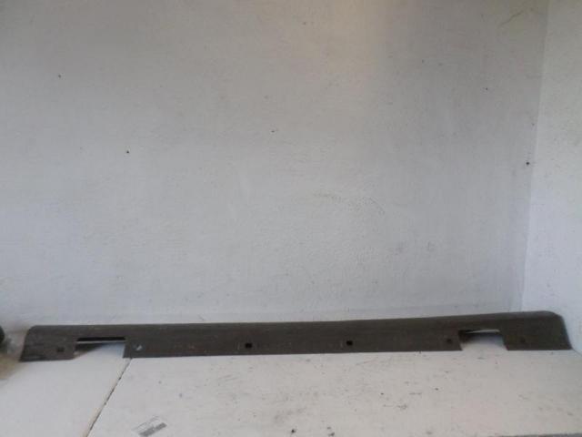 Blende schweller vorne l .b180 bj 2012 bild1