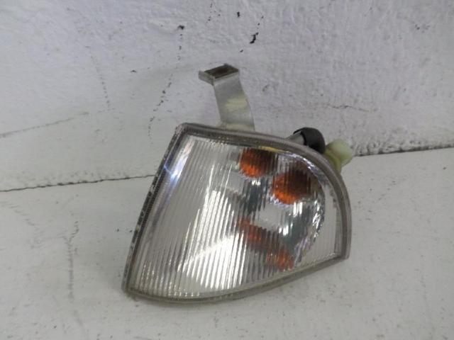 Blinker links Octavia 1,6 Bj 2000