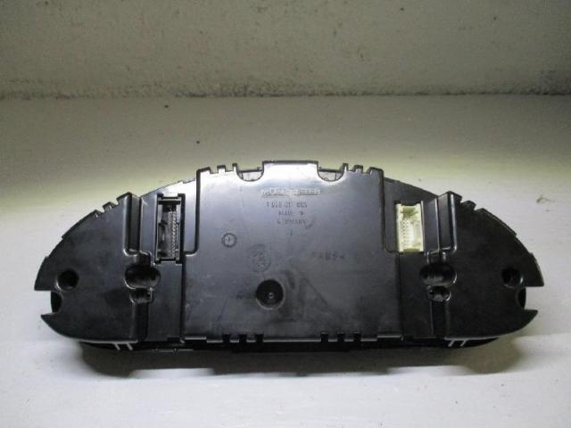 Kombiinstrument   bmw 318 ci e 46 bj 2000 Bild