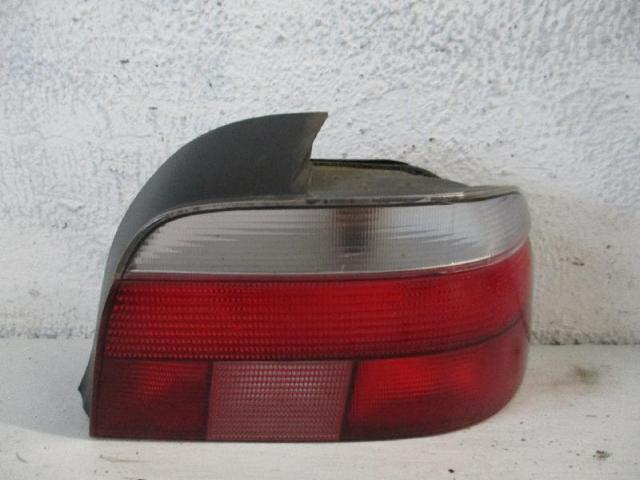 Rückleuchte rechts BMW 520I E39 Bj 1999
