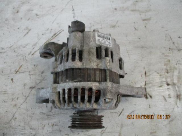 Lichtmaschine  Dacia Sandero Bj 2009