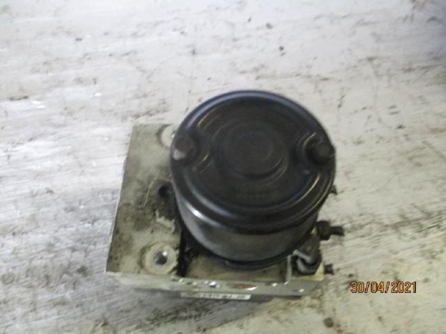 Abs-hydroaggregat  kia carens 1,8 bj 2002 Bild
