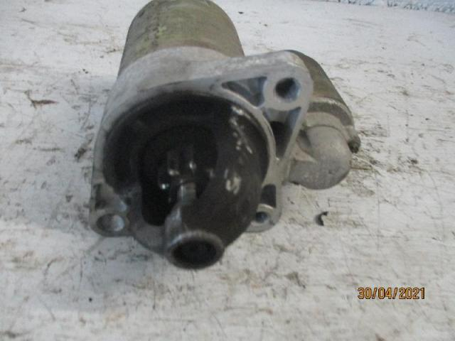 Anlasser  kia carens 1,8 bj 2002 Bild