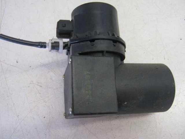 Steuereinheit + pumpe zentralverriegelung bild1