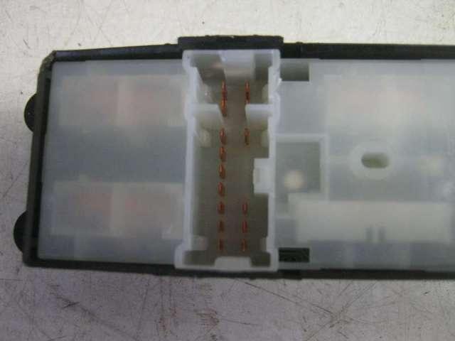 Fensterheberschalter vorne links  bild1