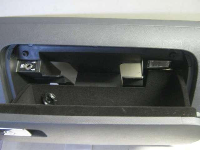 Handschuhkasten bild2