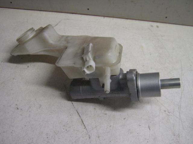 Hauptbremszylinder bild2