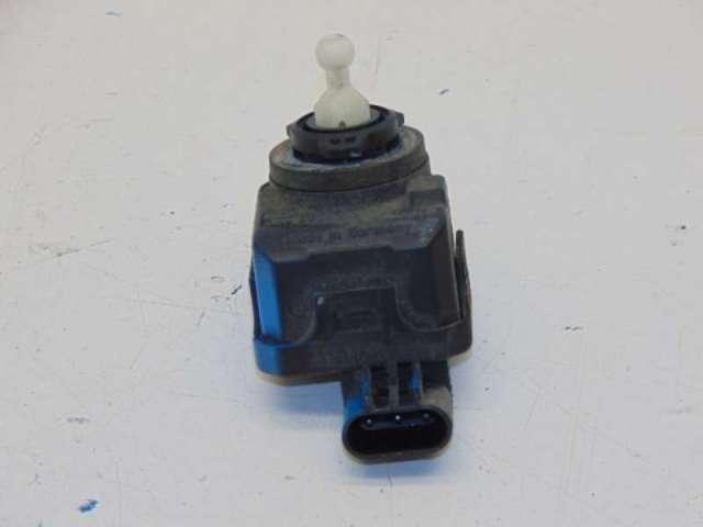 Stellmotor scheinwerfer 2.2 crd 89kw bild2