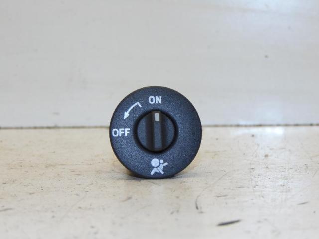 Schalter Airbag ON/OFF 03-06 2.0 99kw