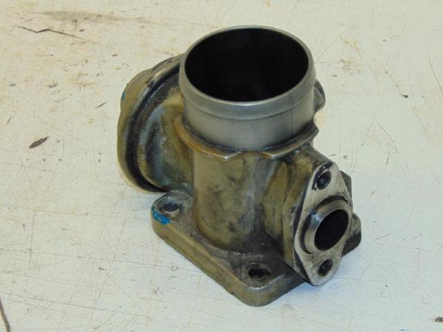 Agr ventil drosselklappe 2.5tds 105kw bild2