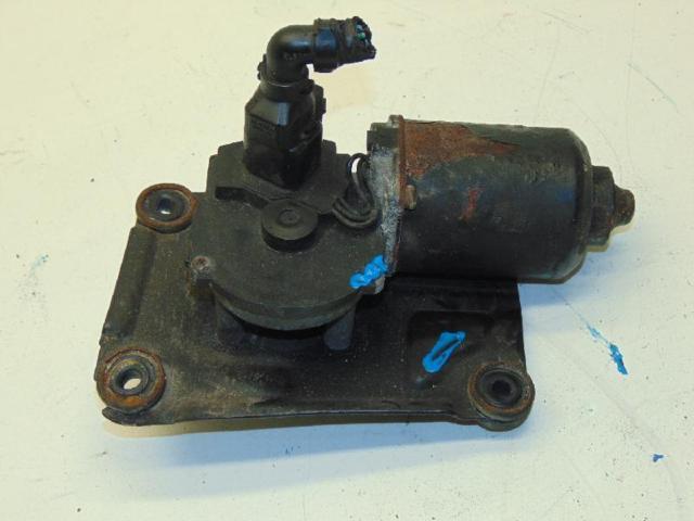 Scheibenwischermotor vorne 01-05