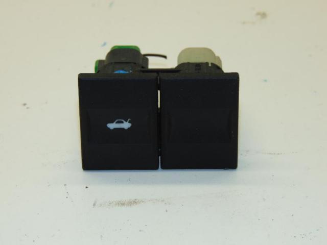 Schalter kofferraumoeffner bild1
