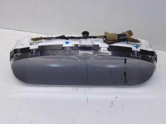Tacho kombiinstrument 1.4 59kw 145.535km bild2
