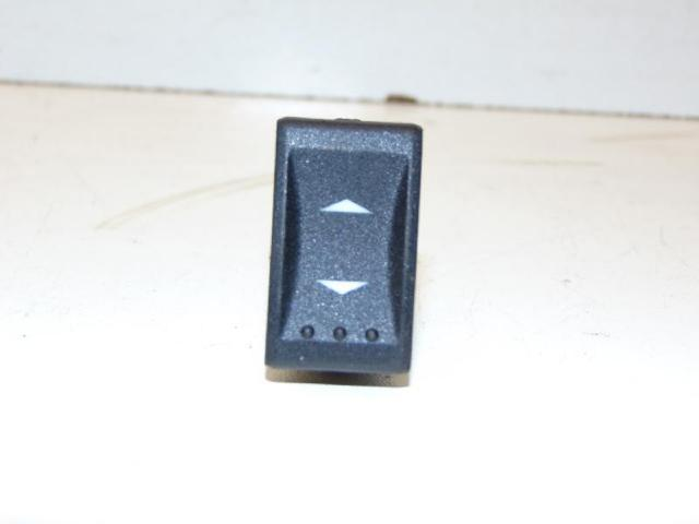 Schalter fensterheber vorne rechts  vorne rechts bild1