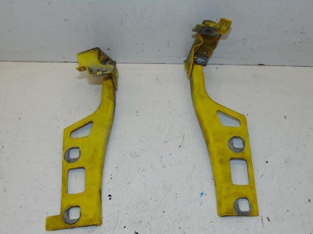 Motorhaubenscharnier halter links & rechts bild1