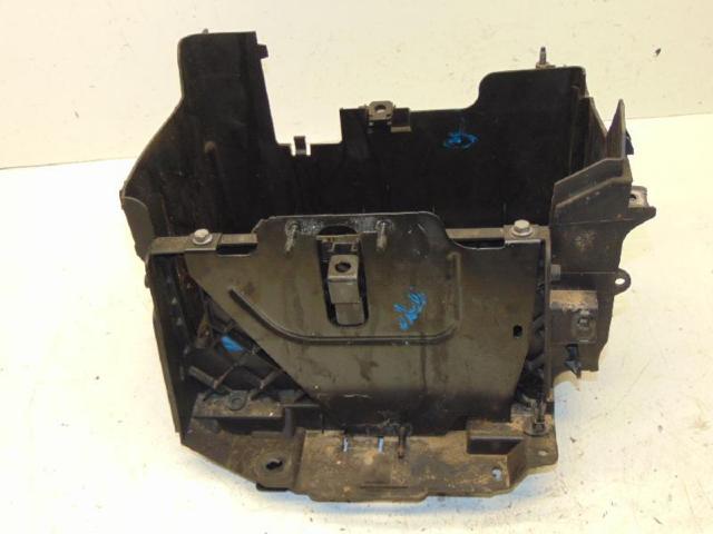 Batteriekasten Motorraum 12-16
