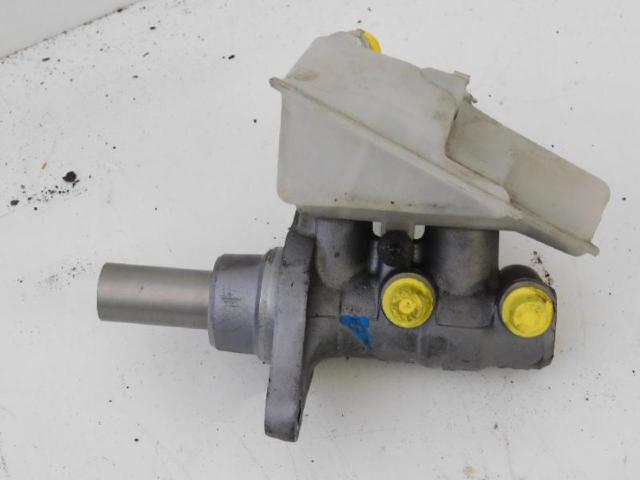 Hauptbremszylinder mit Behälter 2.0 MZR CD 105kw