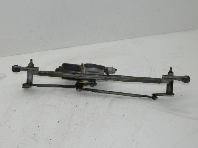 Wischermotor vorne mit gestaenge bild2