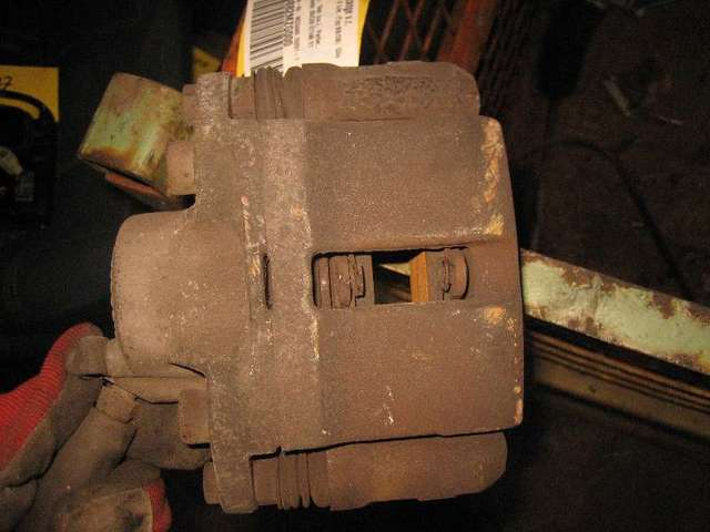 Bremszange vorne rechts  bild2